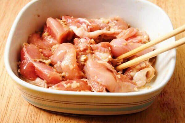 Cách làm món nộm thịt gà hoa chuối, cách làm gỏi gà