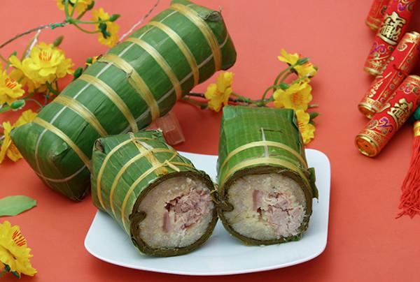 Cách gói bánh tét truyền thống đúng kiểu Nam Bộ - cach goi banh tet