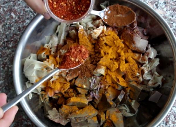 Tẩm ướp nguyên liệu, gia vị - cach lam pha lau