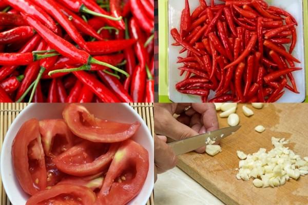 Sơ chế nguyên liệu và xay nguyên liệu - cách làm tương ớt ngon