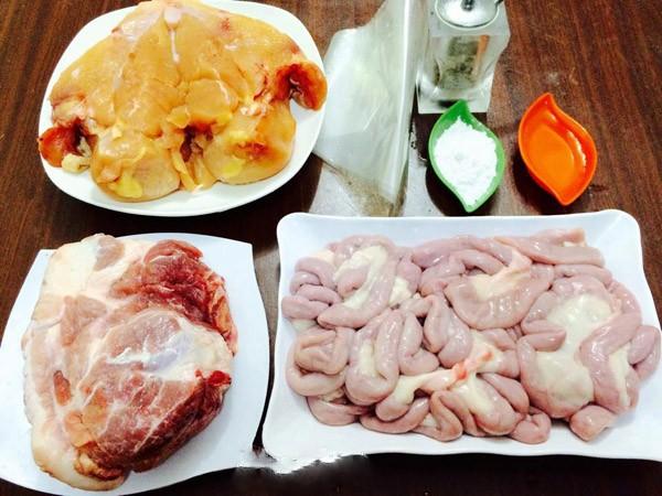 Xúc xích có thể được làm từ thịt heo, gà, bò - cách làm xúc xích ngon