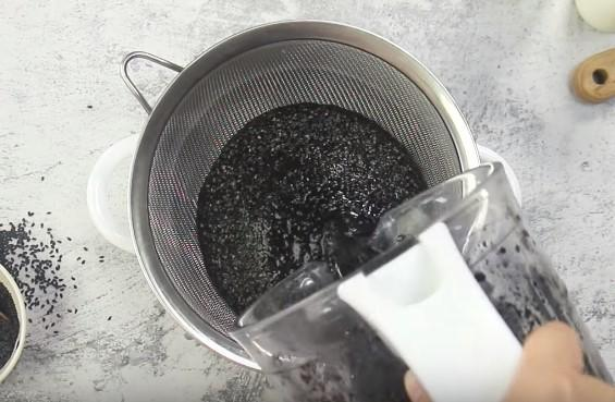 lọc nước mè đen