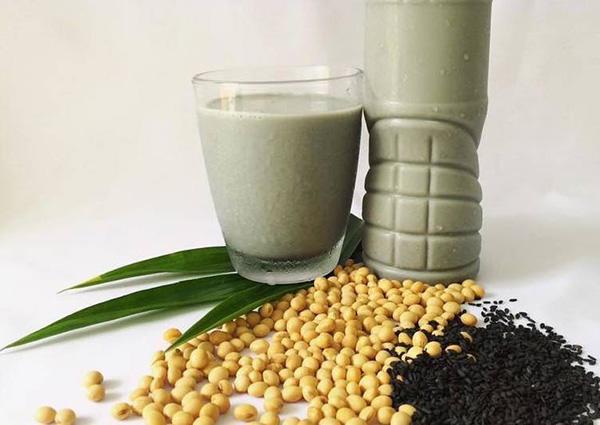 sữa mè đen đậu nành