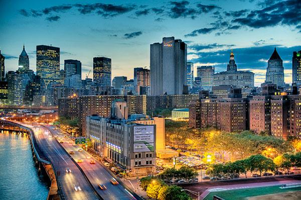 Thành phố vào buổi tối
