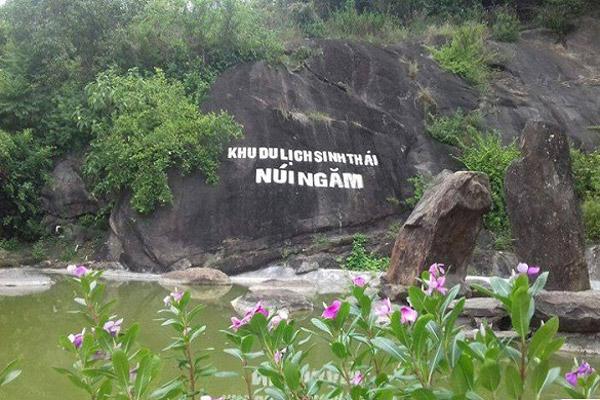 kinh-nghiem-du-lich-nui-ngam-nam-dinh-1