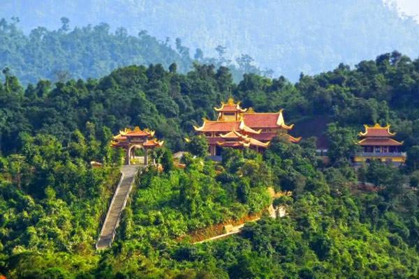 Du lịch thiền viện Trúc Lâm