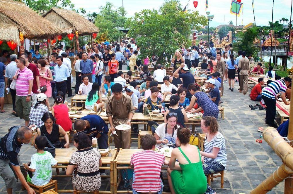Đặc sản món ngon Quảng Nam tại Sài Gòn