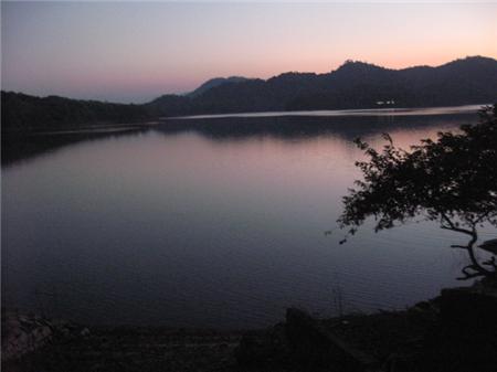 Hoàng Hôn ở hồ Pa Khoang