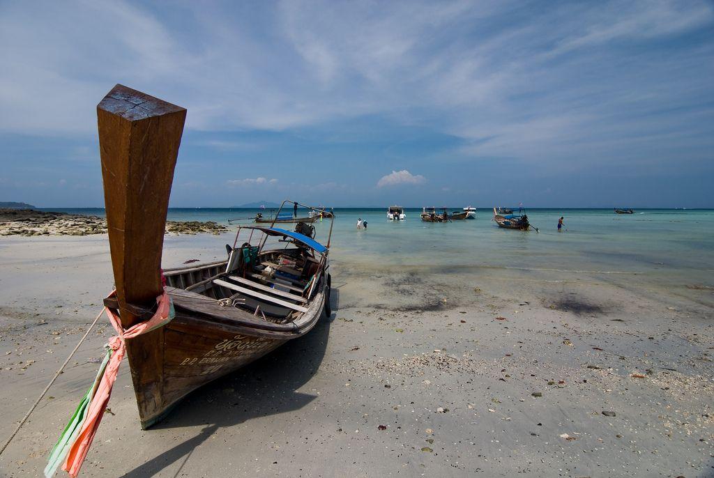 Biển Khai Long