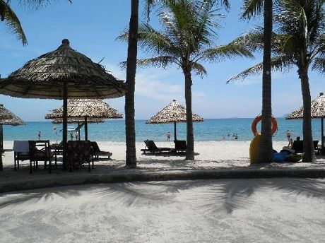 Cửa Đại là một trong những bãi biển đẹp nhất Châu Á