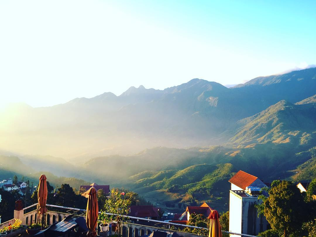 Tầm nhìn ra thung lũng - Ảnh: cindy_zc