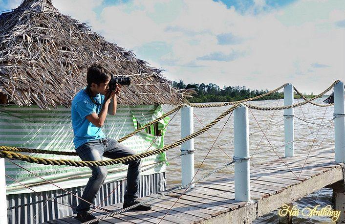 Đầm Thị Tường rất thu hút du khách tới tham quan và chụp ảnh
