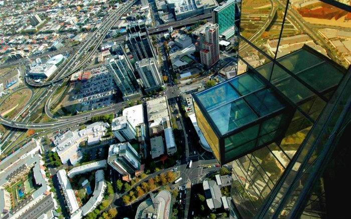 Đài quan sát Eureka đem đến cảm giác sợ hãi cho du khách trước khi mang tới tầm nhìn ngoạn mục về thành phố Melbourne, Australia.