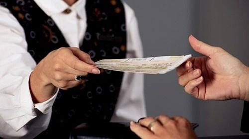 Giá vé máy bay sẽ tăng rất nhanh trong vòng 1 tuần trước khi chuyến bay khởi hành