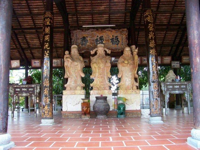 Làng Phước Lộc Thọ-Cổng chính vào khu du lịch
