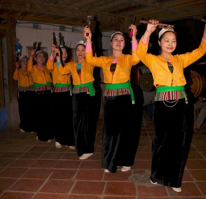 Điệu múa đặc sắc của dân tộc Thái