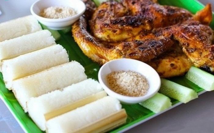 Cơm lam gà nướng đặc sản Mai Châu