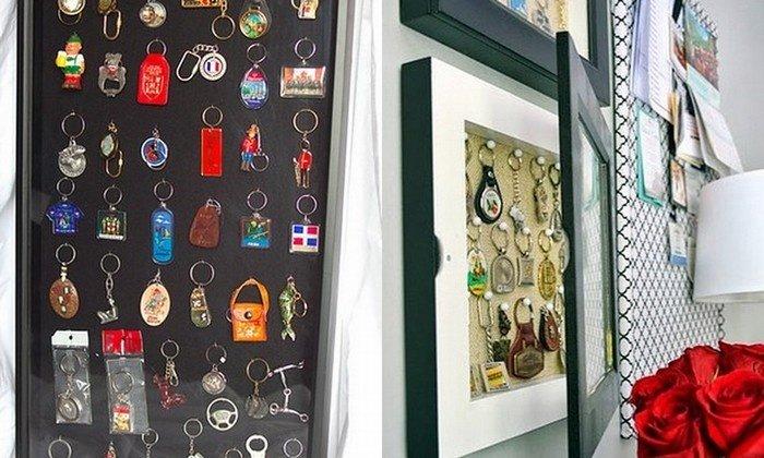 Những món quà lưu niệm nho nhỏ như móc khóa, huy hiệu nhỏ đều có bán tại các quầy hàng lưu niệm tại các địa điểm du lịch.