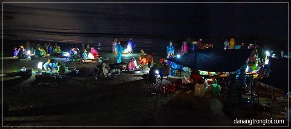 Đà Nẵng-Chợ cá sớm Thọ Quang