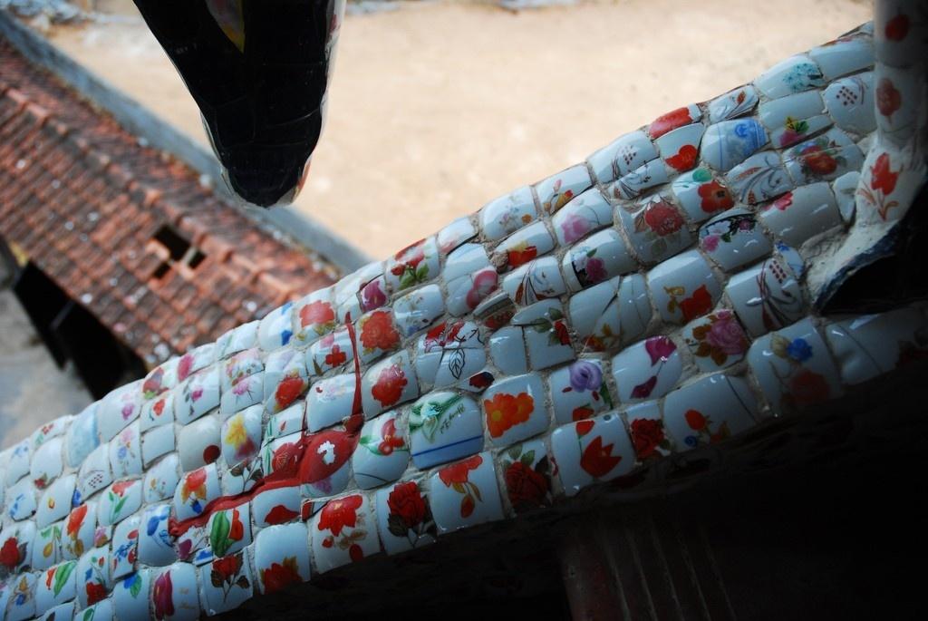Đà Lạt - Những mảnh gốm được tuyển chọn kĩ lưỡng từ nhiều nơi
