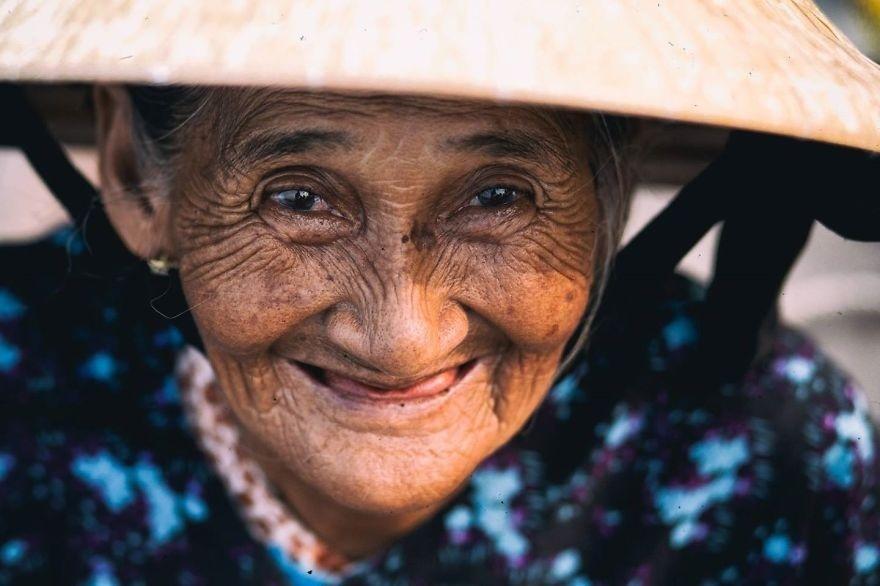 Bà Bùi Thị Xong, 78 tuổi, ở Hội An.