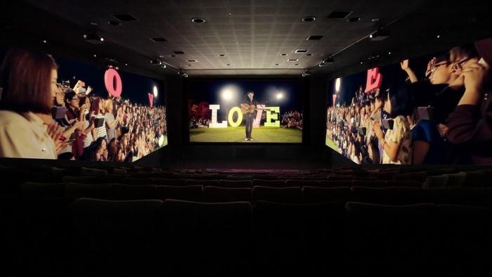 Đưa vợ đi xem phim trong ngày Quốc tế Phụ nữ là một điều thhú vị