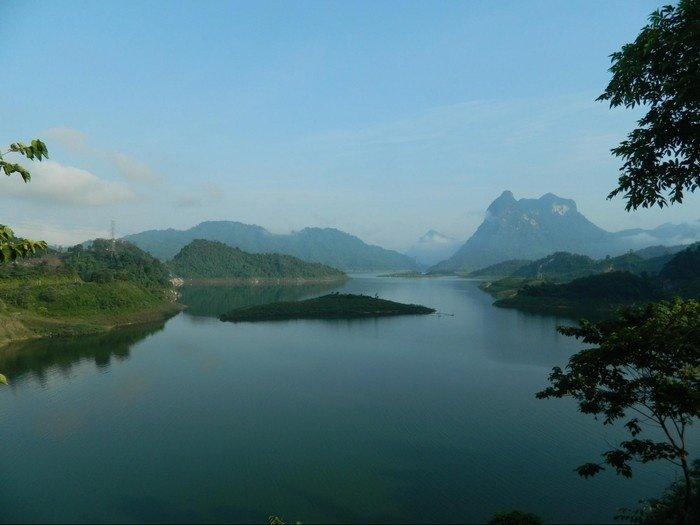 Yên bình và an nhiên giữa lòng hồ Na Hang - Tuyên Quang