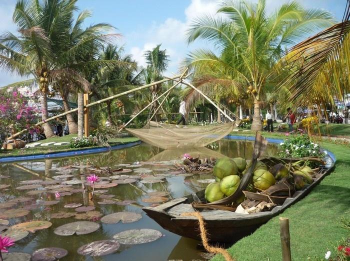 Tiểu cảnh trong Festival Bến Tre không bao giờ có thể thiếu hình ảnh của dừa