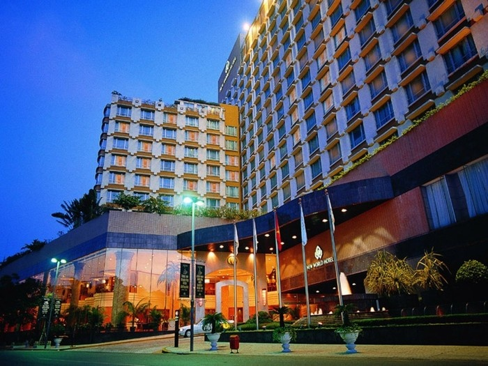 Khách sạn nằm gần trung tâm, sân bay hoặc trục đường chính là một thuận lợi lớn