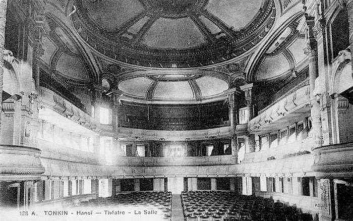 Nhà hát Lớn Hà nội mang phong cách Châu Âu thế kỉ 20