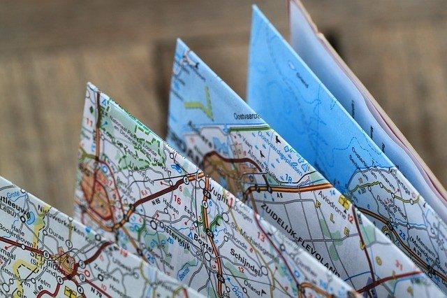 Mang theo bản đồ như một đồ dùng không thể rời