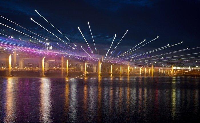 Kiệt tác ánh sáng, âm nhạc và nước bên cầu