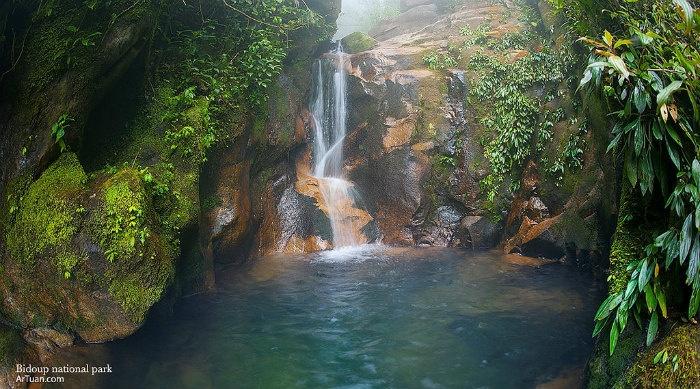 Lâm Đồng - Róc rách tiếng suối trong len qua vách đá