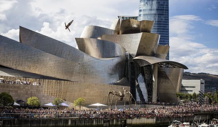 Bảo tàng Guggenheim Bilbao, Tây Ban Nha