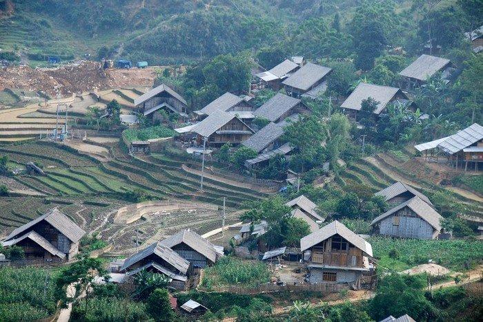 Bản Hồ - một trong những nơi đồng bào dân tộc thiểu số sống quần tụ bên nhau