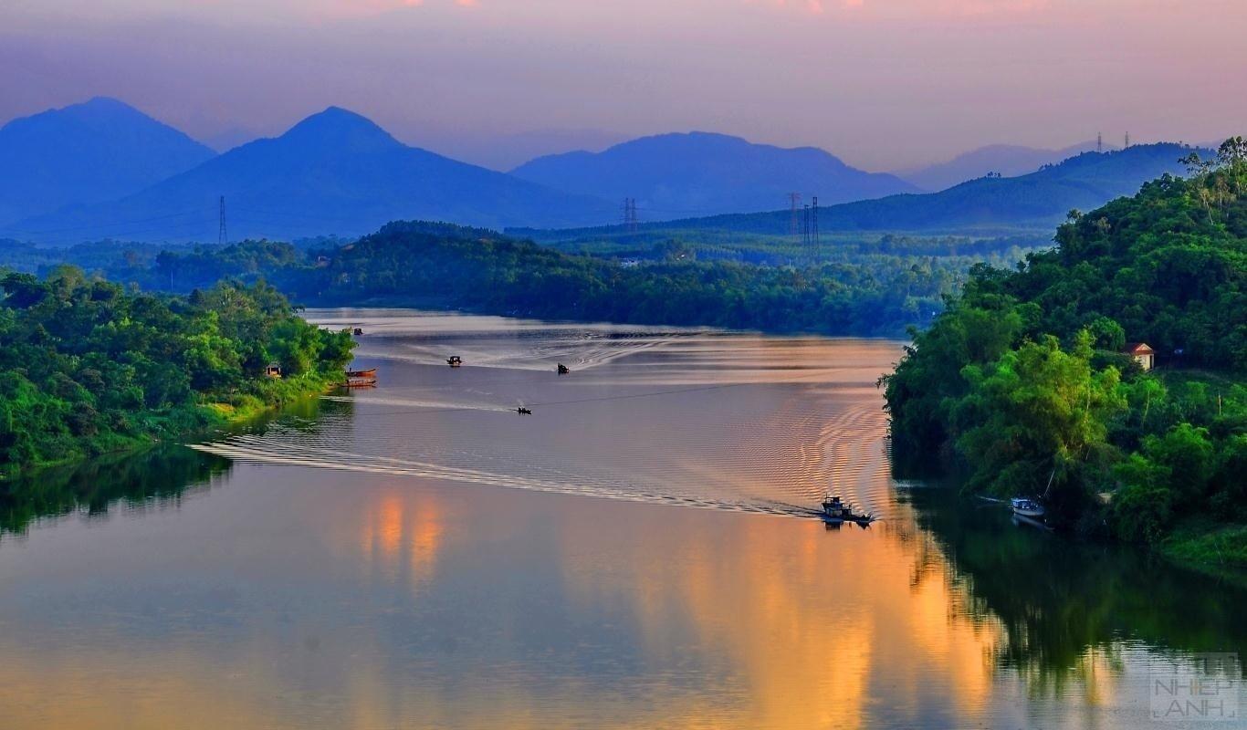 Khuôn mặt diễm kiều của sông Hương