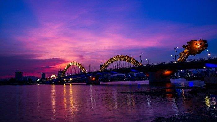 Bắc ngang qua sông là 6 cây cầu làm nên nét đẹp Đà thành