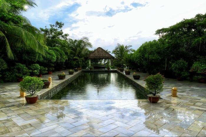 Hồ nước trung tâm Allezboo Resort