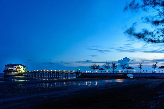 Phương Nam Pearl Resort lung linh khi lên đèn