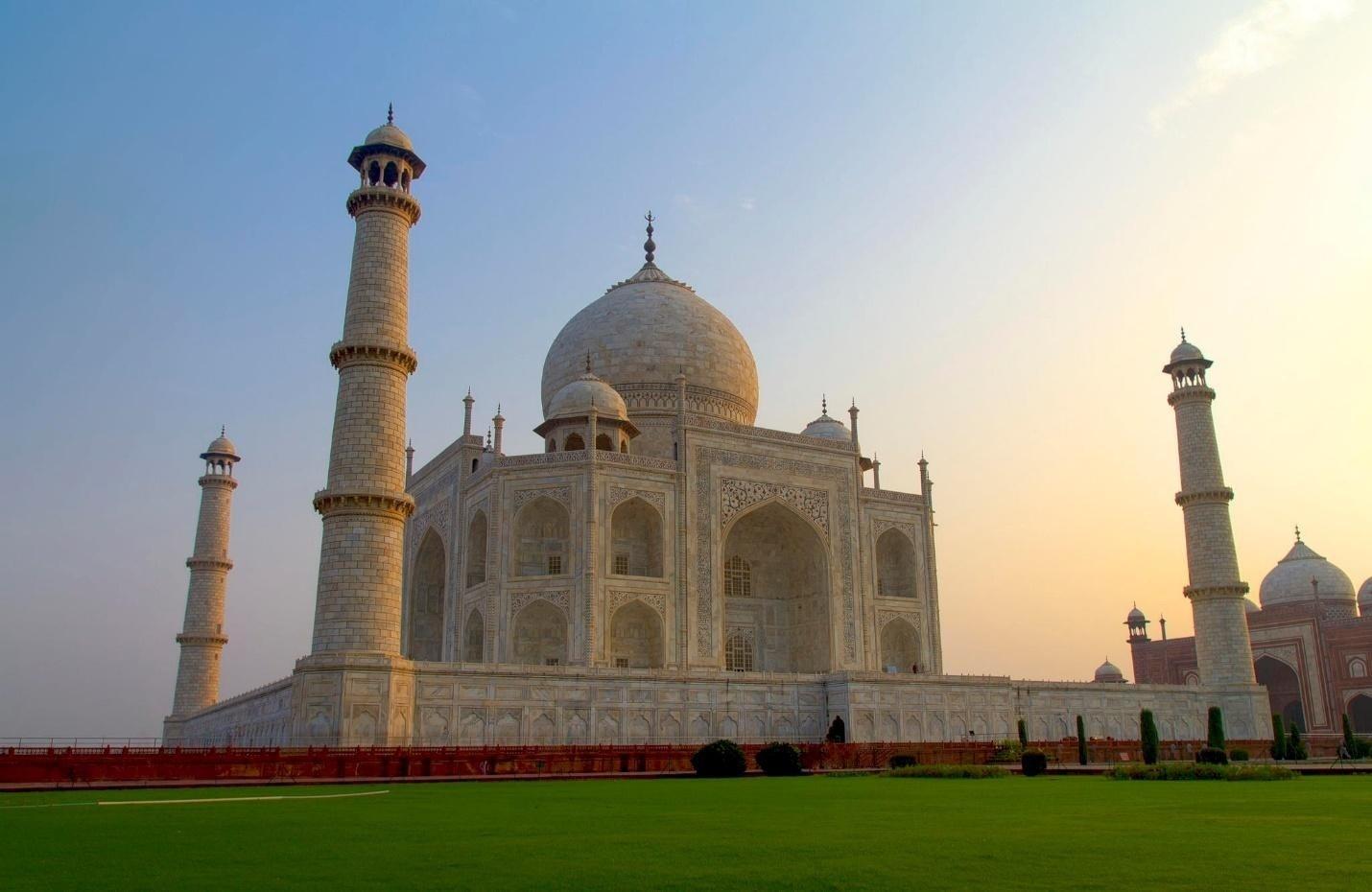 Đền Taj Mahal  biểu tượng tình yêu của Ấn Độ