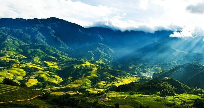 Mường Hoa tựa bức tranh thiên nhiên tuyệt mĩ