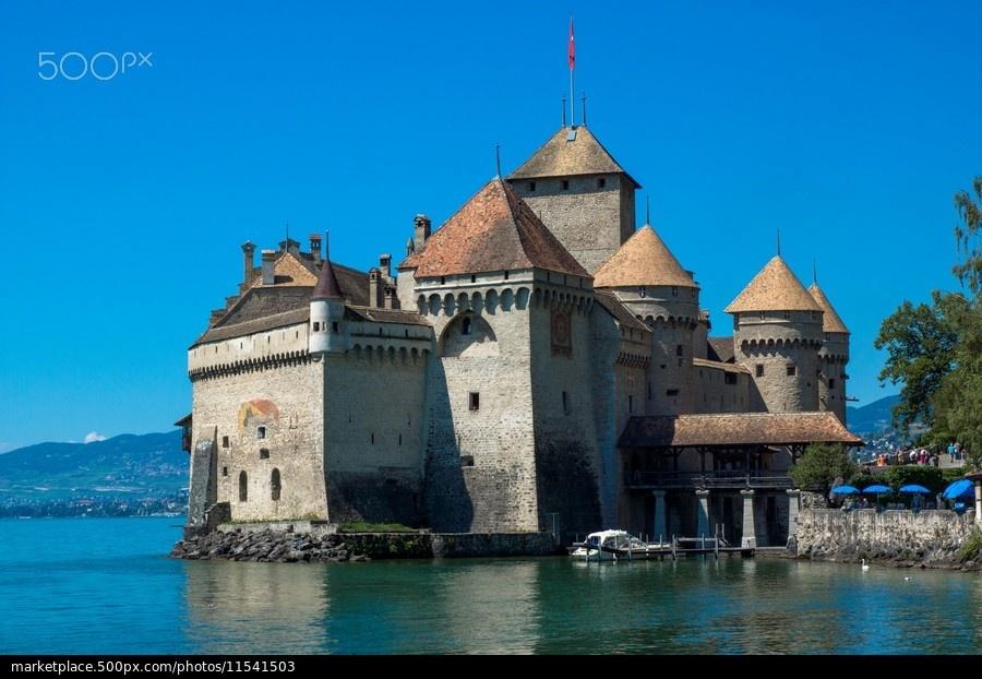 Lâu đài được mệnh danh là đẹp nhất đất nước Thụy Sĩ