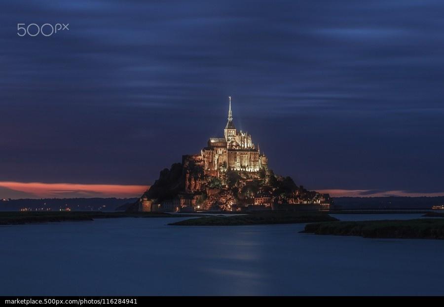 Xã đảo Mont Saint nhưu một pháo đài kiên cố và tách biệt với đất liền