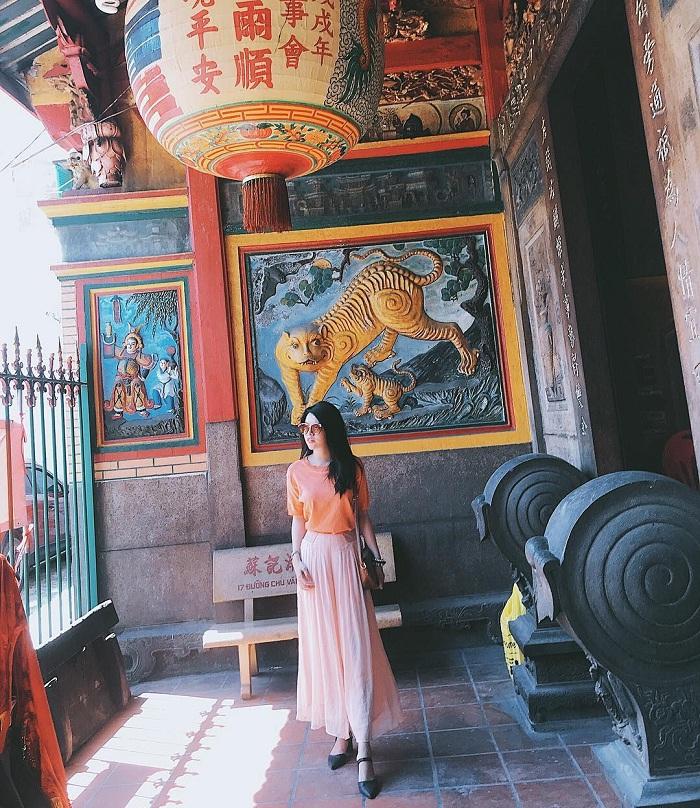 Khám phá chùa Bà Thiên Hậu – chốn tâm linh cổ nhất Sài thành