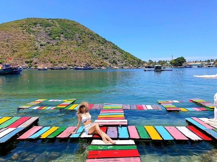Tha hồ sống ảo mê mệt với đảo Tình Yêu Nha Trang đầy sắc màu