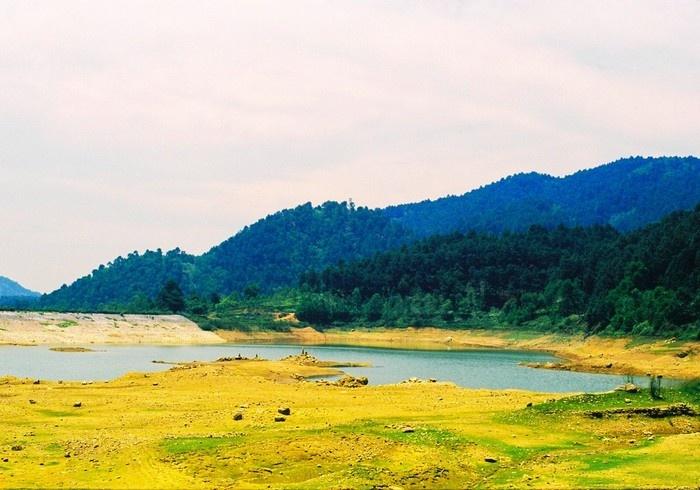 Vẻ đẹp yên bình ở núi Hàm Lợn