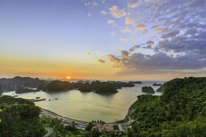 Mê mẩn quần đảo Cát Bà nhìn từ trên cao