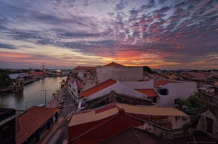 Malacca - Với kiểu kiến trúc đặc trưng rất giống Hội An