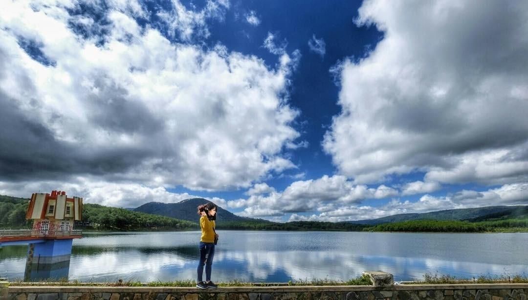 Đà Lạt - Đâu là trời mây và đâu là mặt nước