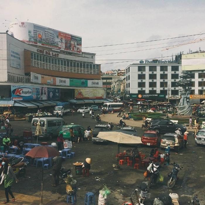 Quang cảnh bình dị chợ Đà Lạt